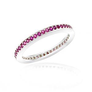 แหวน LENYA ETERNAL ประดับด้วย SWAROVSKI ZIRCONIA สีทับทิม บนตัวเรือนเงินแท้ชุบทองคำขาวแท้ ดีไซน์แบบแถวเดี่ยวเต็มวง สวยคลาสสิค