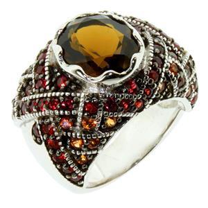 แหวนพลอยควอตซ์(Quartz) ประดับด้วยพลอยแซฟไฟส์(Sapphire) บนตัวเรือนเงินแท้ชุบทองคำขาว