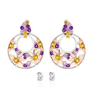 ต่างหูดีไซน์น่ารัก ประดับแซฟไฟร์สีส้ม (Orange Sapphire)  แซฟไฟร์สีชมพู (Pink Sapphire) อะเมทิสต์ (Amethyst) บุษราคัม (Yellow Sapphire) ตัวเรือนเงินแท้ชุบสีทองคำขาว และพิงค์โกลด์แท้