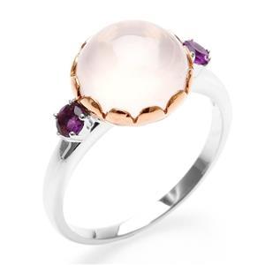 แหวน Lenya หัวแหวนโรสควอทซ์ (Rose Quartz) เม็ดโต ประดับพลอยอะเมทิสต์ พร้อมเทคนิคพิเศษ ชุบขอบพิ้งค์โกลด์ บนตัวเรือนเงินแท้ชุบทองคำขาว