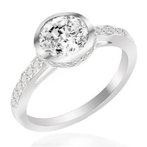 แหวน LENYA ETERNAL ประดับด้วย SWAROVSKI ZIRCONIA รูปทรงกลม ดีไซน์เรียบหรูเป็นเอกลักษณ์ ตัวเรือนเงินแท้ชุบทองคำขาว