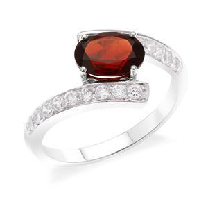 แหวนโกเมน เงินแท้ 925 ชุบทองขาว ประดับโกเมน (Garnet) สวยสะดุดตาประกายแวววาวด้วย คิวบิกเซอร์โคเนีย(Cubic Zirconia)