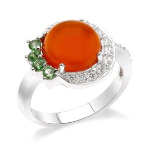 แหวนคาร์เนเลี่ยน เงินแท้ 925 ชุบทองขาว ประดับ พลอยสีส้มสดใส คาร์เนเลี่ยน (Carnelian) สีเขียวซาโวไรต์ (Tsavorite) เพิ่มความเปล่งประกายสะดุดตาใครต่อใคร ด้วย คิวบิกเซอร์โคเนีย ( Cubic Zirconia)