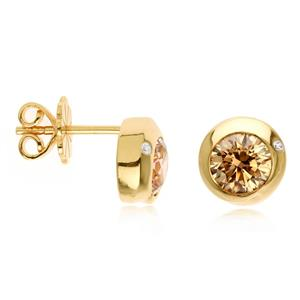 ต่างหูเงินแท้ 925 ประดับด้วย SWAROVSKI  ZIRCONIA สีเหลืองทอง  บนตัวเรือนเงินแท้ชุบทองคำ ในลุดสาวหวานสดใสน่ารัก เสริมเสน่ห์แพรวพราวสะกดตาใครต่อใคร
