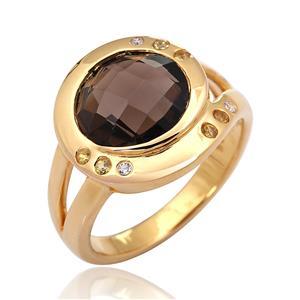 แหวนสโมคกี้ควอตซ์(Smoky Quartz) ประดับด้วยออเร้นจ์ แซฟไฟร์ (Orange Sapphire)และ คิวบิกเซอร์โคเนีย (Cubic Zirconia) ตัวเรือนเงินแท้ 925 ชุบทองคำ