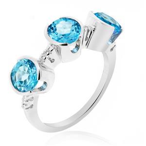 แหวนพลอยบูลโทพาส(Blue Topaz) ดีไซน์แปลกไม่เหมือนใคร บนตัวเรือนเงินแท้ชุบทองคำขาว