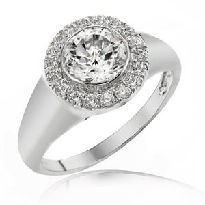 แหวนเพชร DiamondLike เพชร 1 กะรัต รายล้อมด้วยเพชรเม็ดเล็กจำนวนมาก เรียบหรูในแบบคลาสสิคสไตล์