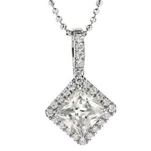 จี้เพชร DiamondLike คลาสสิคด้วยเพชรทรงสี่เหลี่ยมสุดหรู