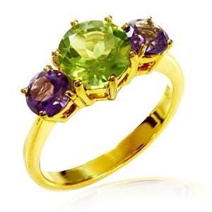 แหวนพลอยเพอริดอต (Peridot) ประดับพลอยอเมทิสต์ จับคู่สีสุดเก๋วางบนตัวเรือนเงินแท้ชุบทอง