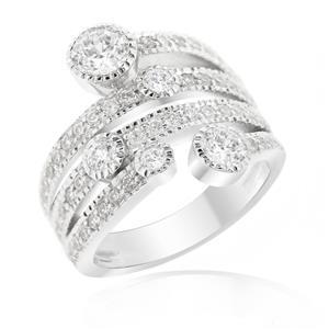 แหวนเพชร DiamondLike แฟชั่นดีไซน์สำหรับสาวทันสมัย ระยิบระยับด้วยเพชรที่มากถึง 57 เม็ด บนตัวเรือนเงินแท้ชุบทองคำขาว