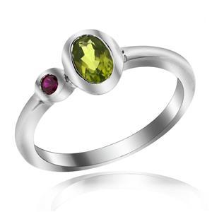 แหวนพลอยเพอริดอท(Peridot) ประดับพลอยทับทิม(Ruby) เหมาะสวมใส่ได้ทุกวัน ตัวเรือนเงินแท้ชุบทองคำขาว