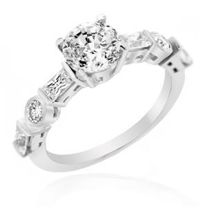 แหวนเพชร DiamondLike เพชรเม็ดหลักรูปทรงกลม บนตัวเรือนเงินแท้ชุบทองคำขาว