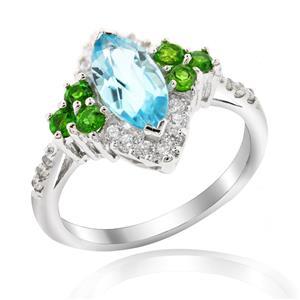 แหวนพลอยโทแพซสีฟ้า(Blue Topaz) ดีไซน์รูปหยดน้ำ สวมใส่แล้วช่วยเพิ่มความยาวให้เรียวนิ้ว บนตัวเรือนเงินแท้ชุบทองคำขาว