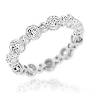 แหวนเพชร DiamondLike เพชรรอบวงดีเทลน่ารัก งานสไตล์ญี่ปุ่นที่ Mix and Match ได้กับทุกสไตล์การแต่งตัว ตัวเรือนเงินแท้ชุบทองคำขาว