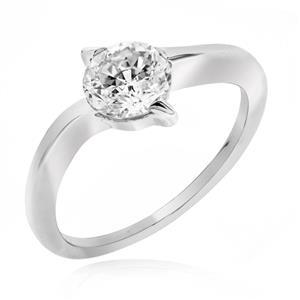 แหวนเพชร DiamondLike ขนาดเพชร 1 กะรัต ดีเทลเก๋ๆบนหนามเตยไขว้ เพื่อยึดติดเพชรไว้กับตัวเรือนเงินแท้ชุบทองคำขาว