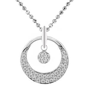 จี้เพชร DiamondLike รูปทรงกลมใหญ่โอบล้อมทรงกลมเล็ก เพิ่มความโดดเด่นบนตัวเรือนเงินแท้ชุบทองคำขาว