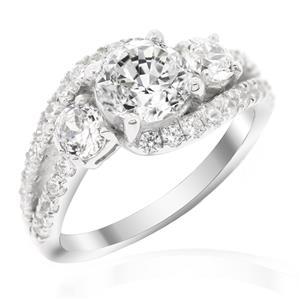 แหวนเพชร DiamondLike ประดับเพชรเม็ดกลางขนาด 1 กะรัต รายล้อมไปด้วยเพชรข้างและเพชรประดับ ตัวเรือนเงินแท้ชุบทองคำขาว