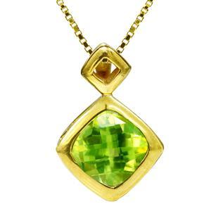 จี้พลอยเพอริดอท(Peridot)  รูปทรงสี่เหลี่ยมหลามตัด ดีไซน์สวยดูอ่อนหวาน จะมอบเป็นของขวัญก็ดูเก๋ ตัวเรือนเงินแท้ชุบทองคำ