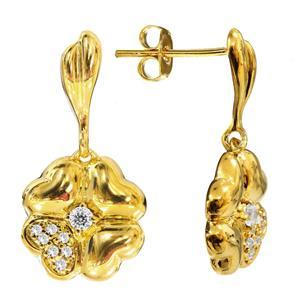 ต่างหู Premium Cubic Zirconia ดีไซน์รูปทรงดอกไม้ เหมาะสวมใส่ได้เรื่อยๆ ไม่มีเบื่อ บนตัวเรือนเงินแท้ชุบทองคำแท้