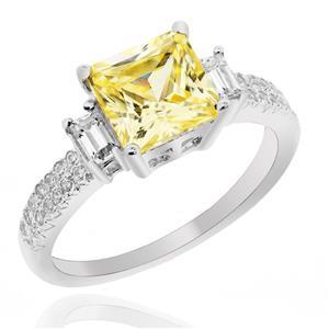 แหวน LENYA ETERNAL ประดับด้วย SWAROVSKI ZIRCONIA สีเหลือง ดีไซน์หรู ตัวเรือนเงินแท้ชุบทองคำขาว