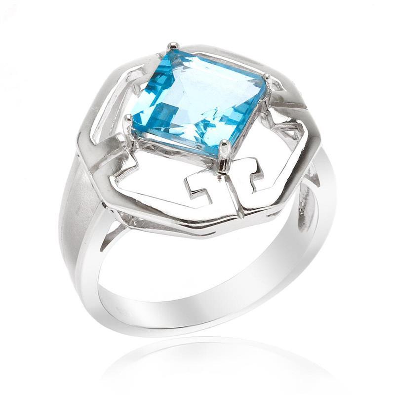 แหวนโทแพซ เงินแท้925 ชุบทองขาว ประดับเด่นด้วยพลอยสวิตซ์ บลู โทแพซ ( Swiss Blue Topaz ) รูปทรงสี่เหลี่ยม ดู โดเด่น กับดีไซน์ตัวเรือนที่ดูลงตัวเลอค่า ในคอเลคชั่น   product  champion