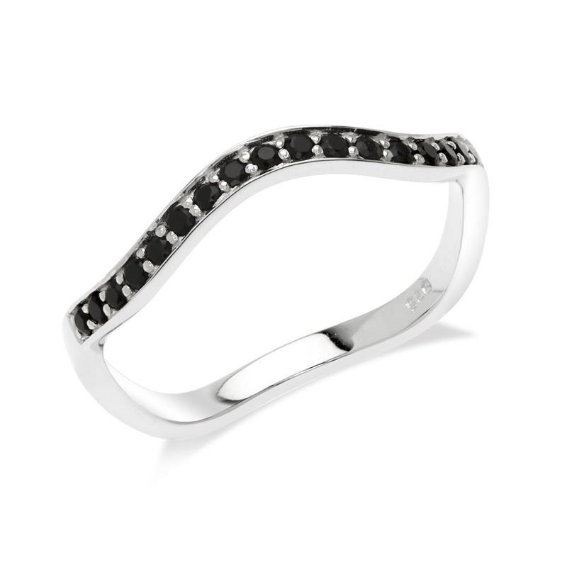 แหวนเงินแท้925 ประดับด้วยนิล (Black Spinel)  ชุบทองขาว ดีไซน์เก๋ไก๋แหวกแนวสุดซิค