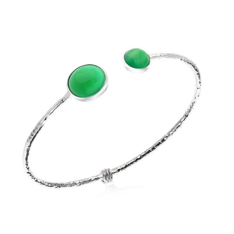กำไลเงินแท้ประดับพลอยสีเขียว กรีนอะเกต( Green Agate) กลมหลังเบี้ย น่ารักดูมีสเน่ห์ ตัวเรือนชุบทองขาว