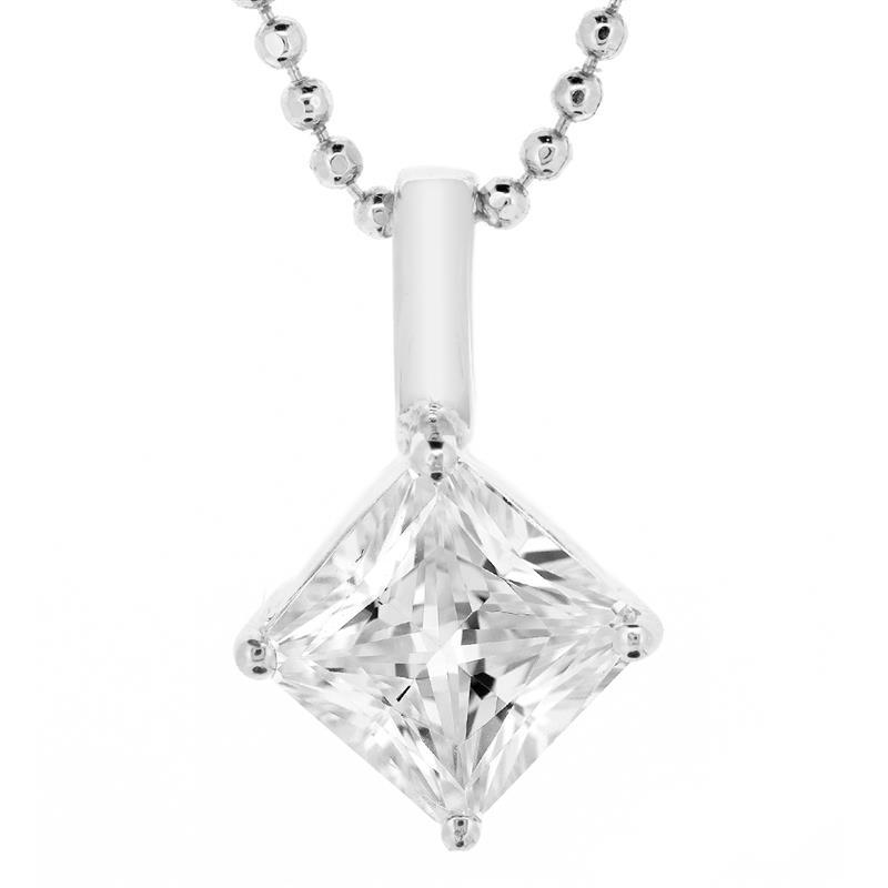 จี้เพชร DiamondLike โดดเด่นด้วยเพชรรูปสี่เหลี่ยมเม็ดใหญ่้ ตัวเรือนเงินแท้ชุบทองคำขาว