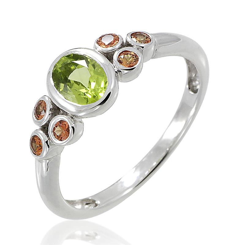 แหวนพลอยเพอริดอท(Peridot) ประดับพลอยบุษราคัม(Yellow Sapphire) เหมาะสวมใส่ได้ทุกวัน ตัวเรือนเงินแท้ชุบทองคำขาว
