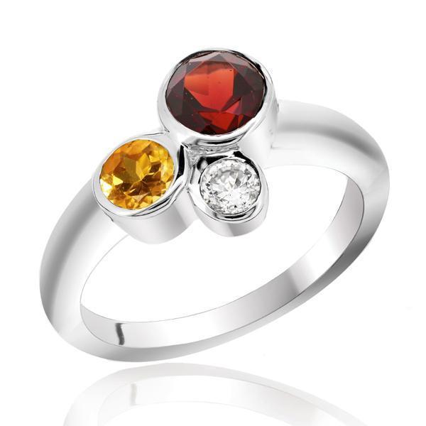 แหวนพลอยสามสี โกเมน (Garnet) ซิทริน (Citrine) และเพชร DiamondLike ดีไซน์เก๋ บนตัวเรือนเงินแท้ชุบทองคำขาว