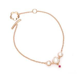 สร้อยข้อมือข้อมือเงินแท้ 925 ชุปพิงค์โกลด์ (Pink Gold) ประดับด้วยไข่มุก (Pearl) เพิ่มความหวานน่ารักด้วย ทับทิม (Ruby)
