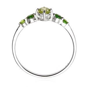 แหวนเงินแท้ 925 ประดับ Peridot และ Chrome Diopside ไล่เฉดสีเขียวสองระดับ เป็นเอกลักษณ์ไม่เหมือนใคร