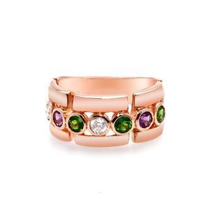 แหวนพลอย 3สี ประดับด้วยอเมทีสต์ (Amethyst) โครมไดออพไซด์(Chrome Diopside) และ คิวบิกเซอร์โคเนีย (Cubic Zirconia)ตัวเรือนเงินแท้ 925 ชุบทองพิ้งค์โกลด์