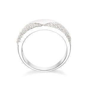 แหวน คิวบิกเซอร์โคเนีย (Cubic Zirconia) ตัวเรือนเงินแท้ 925 ชุบทองคำขาว นิ้วแบบไหน ใส่แหวนวงนี้ก็สวยได้