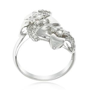 แหวน คิวบิกเซอร์โคเนีย (Cubic Zirconia) ตัวเรือนเงินแท้ 925 ชุบทองคำขาว ดีไซน์กลีบดอกไม้ เพิ่มความโดดเด่นให้พลอย