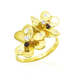 แหวนพลอยแท้หลากสีสันด้วยดีไซน์สุดหวาน ดอกไม้คู่บานสะพรั่งสำหรับต้อนรับหน้าร้อนนี้ บนตัวเรือนเงินแท้ชุบทองคำแท้