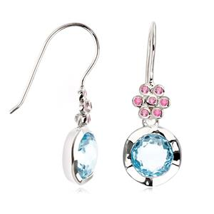 ต่างหูพลอยบลูโทพาส(Blue Topaz) เจียรเหลี่ยม Rose Cut สวยงาม และพลอยแซฟไฟร์สีชมพู(Pink Sapphire)  บนตัวเรือนเงินแท้ชุบทองคำขาว