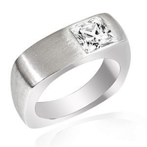 แหวน LENYA ETERNAL ประดับด้วยคิวบิกเซอร์โคเนีย (Cubic Zirconia) รูปทรงสีเหลี่ยมสีขาว ดีไซน์รูปแบบเฉพาะสวมใส่ได้ทั้งชายหญิง บนตัวเรือนเงินแท้ มีลาย Texture ชุบทองคำขาว