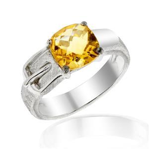 แหวนหัวเข็มขัด ดีไซน์เก๋ไก๋ ประดับด้วยด้วยพลอย ซิทริน(Citrine) เจียระไนหน้าตาราง ตัวเรือนเงินแท้925 ชุบด้วยทองคำขาว