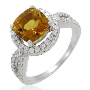 แหวนพลอยซิทริน(Citrine)  ชูช่อสวยงามด้วยบ่าข้างประดับเพชร DiamondLike บนตัวเรือนเงินแท้ชุบทองคำขาว