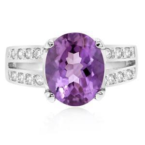 แหวนพลอยอเมทิสต์(Amethyst) ชูเม็ดหลักสวยเด่นเป็นสง่า บนตัวเรือนเงินแท้ชุบทองคำขาว