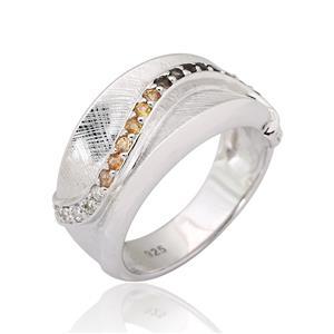 แหวนพลอย ประดับ แซฟไฟร์สีส้ม (Orange Sapphire) โมคกี้ควอตซ์(Smoky Quartz) และ คิวบิกเซอร์โคเนีย (Cubic Zirconia) ตัวเรือนเงินแท้ 925 ชุบทองขาว เลือกแหวนให้เหมาะกับนิ้ว เสริมรสนิยม สวยสง่า ดูดี